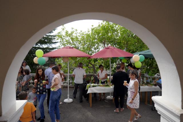Après l'inauguration, la fête avec les familles, les enfants et l'équipe de la Villa Excelsior